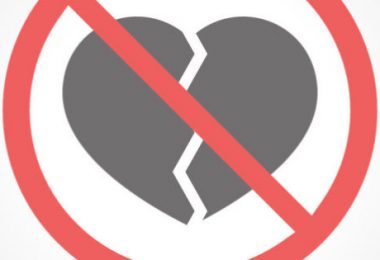 PEMRA-Bans-Valentine's-Day---How-Pakistani-Celebrities-React-To-The-Matter