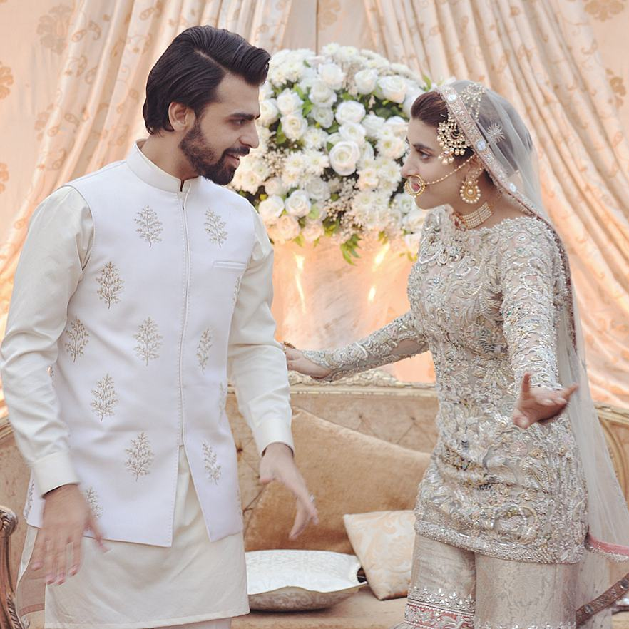 Urwa-Hocane-With-Farhan-Saeed-Wedding