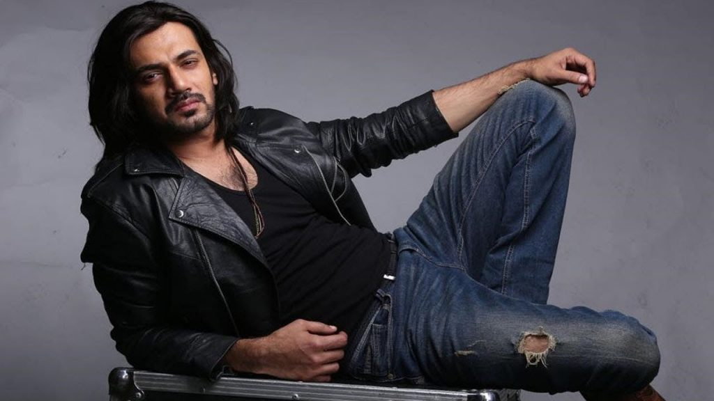 Zahid-Ahmed-In-Pakistani-Drama-Visaal